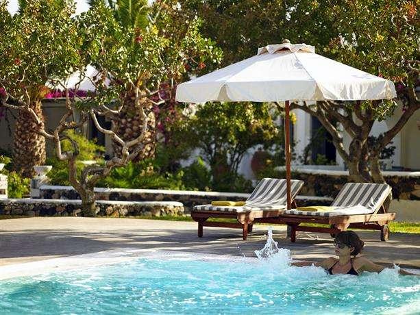 Santorini Kastelli Resort 3