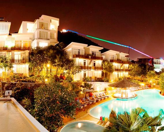 Seaside Resort 2