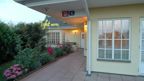 Light Hotel 2