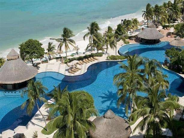 Grand Fiesta Americana Coral Beach Resort Spa 3