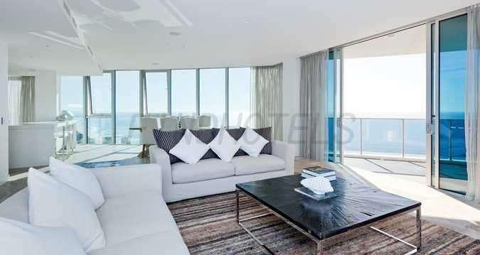 Hilton Surfers Paradise Hotel 3