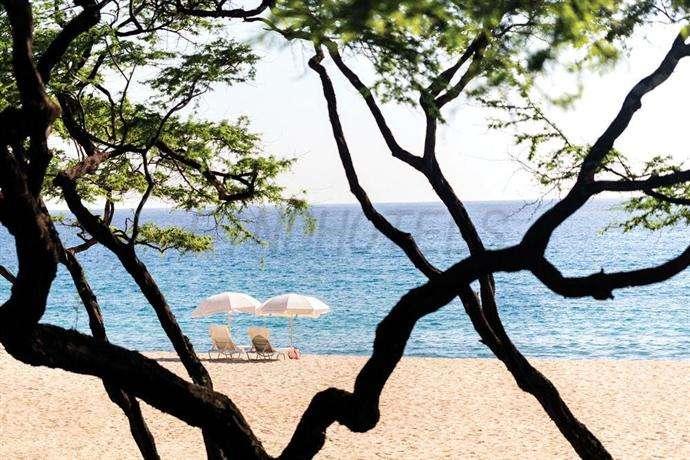 Four Seasons Resort Lanai 2
