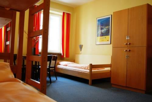 Euro Youth Hotel 3