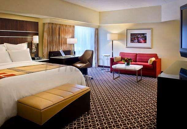New York Marriott Marquis 2