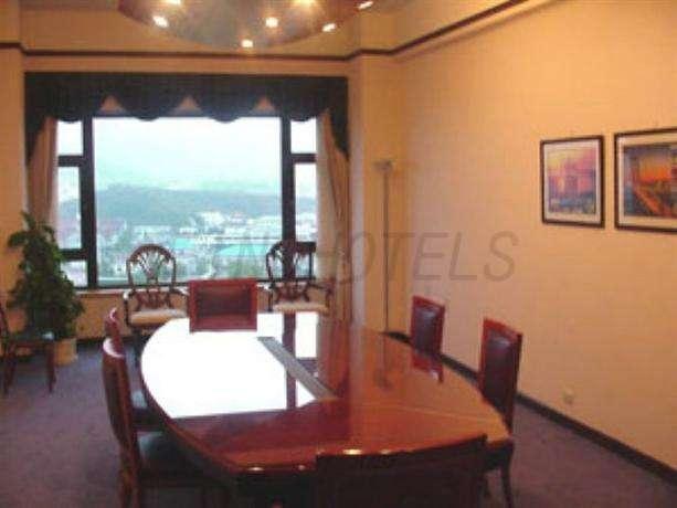 SPR Seaview Hotel Qingdao 2
