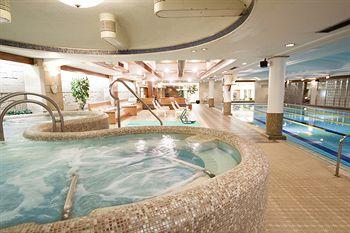 New Japan Capsule Hotel Cabana 5