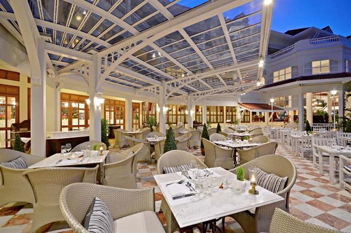 Centara Grand Beach Resort Villas Hua Hin 5
