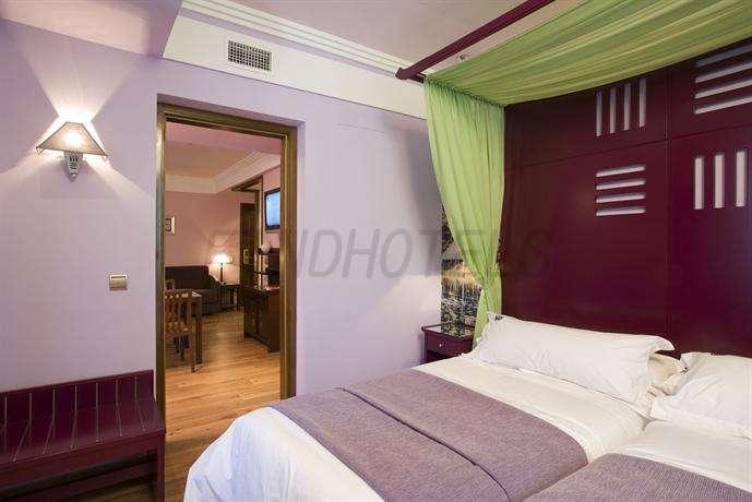 Suites Gran Via 44 3