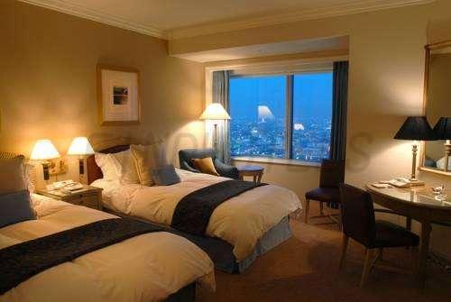 Yokohama Royal Park Hotel 3