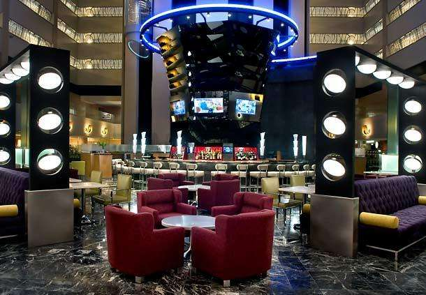 New York Marriott Marquis 13