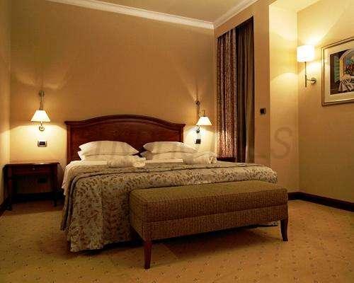 BEST WESTERN PREMIER Hotel Astoria 8