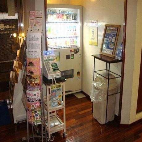 Smile Hotel Hakata 9