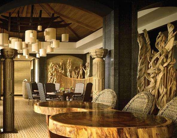 Four Seasons Resort Lanai 3