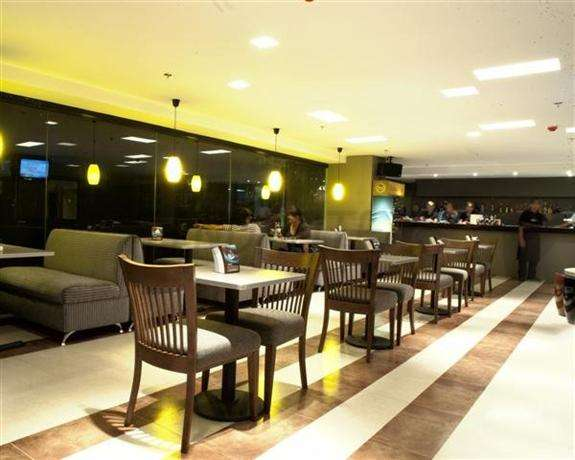 City Light Hotel 5