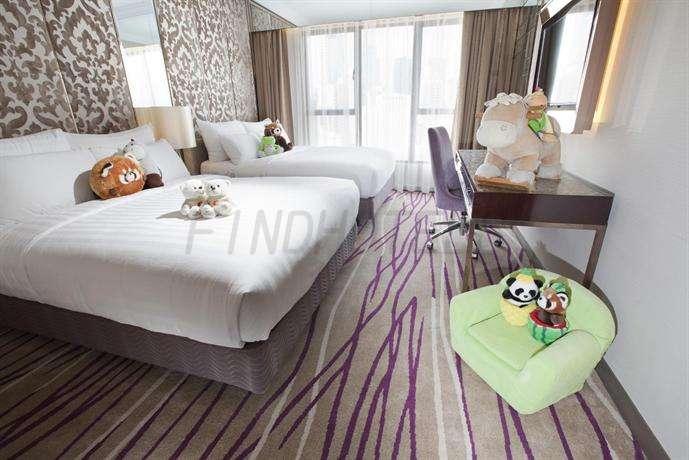 Cosmopolitan Hotel Hong Kong 12