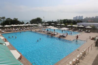 Qingdao Sea View Garden Hotel 3