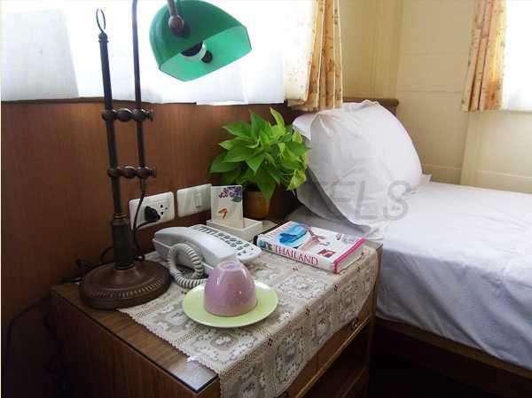 Baan Dinso Hostel 5