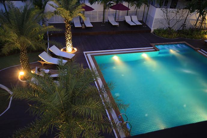 Dee Andaman Hotel 3