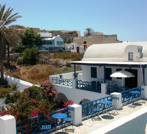 Youth Hostel Oia 3