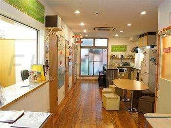 J Hoppers Osaka Guesthouse 2