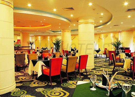 Howard Johnson Palm Beach Resort 4