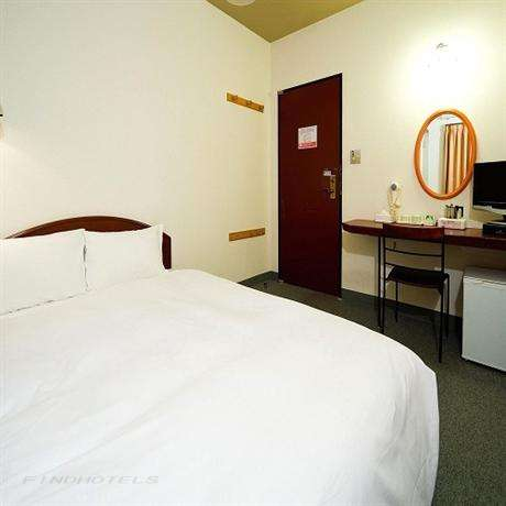 Smile Hotel Hakata 6