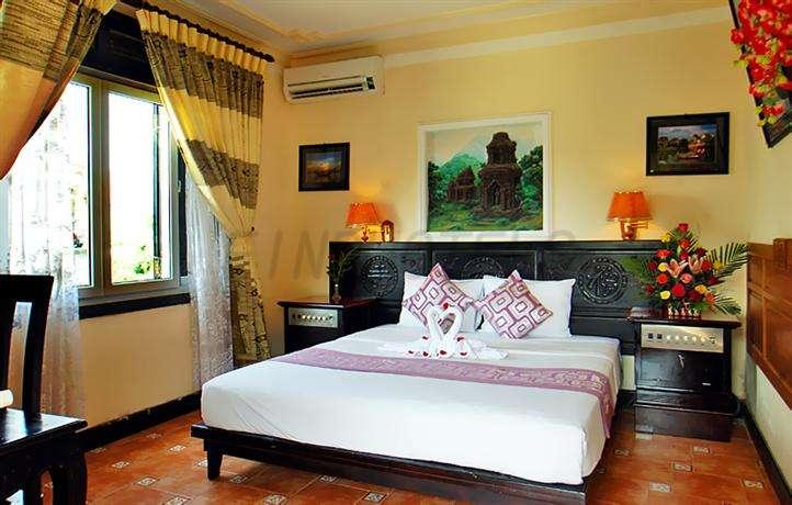Phuoc An Hotel 4