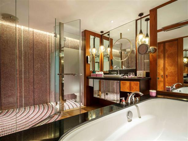 Sofitel Singapore Sentosa Resort Spa 3