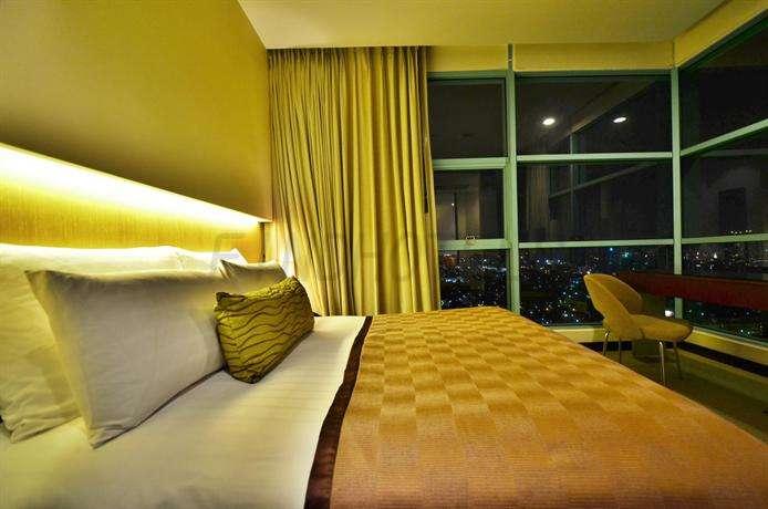 Chatrium Hotel Riverside Bangkok 10