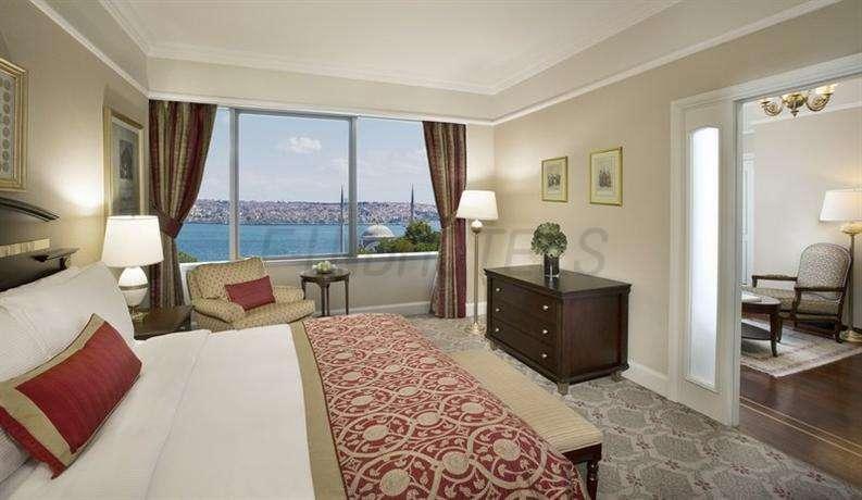 The Ritz Carlton Istanbul 4