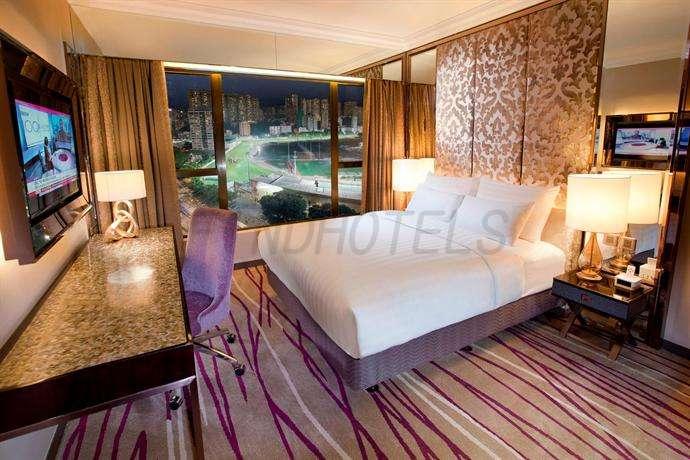 Cosmopolitan Hotel Hong Kong 10