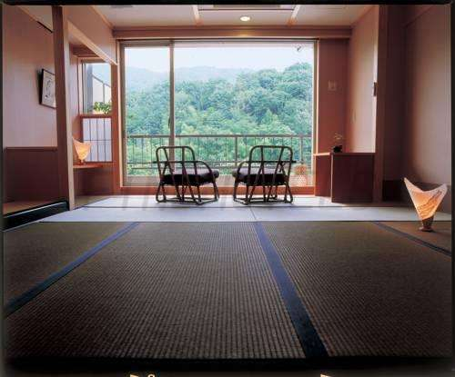 Fushioukaku Hotel Ikeda 2