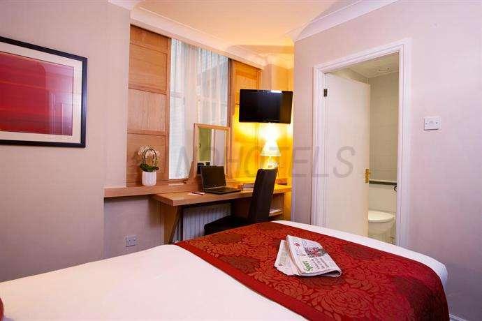 Strand Palace Hotel London 21