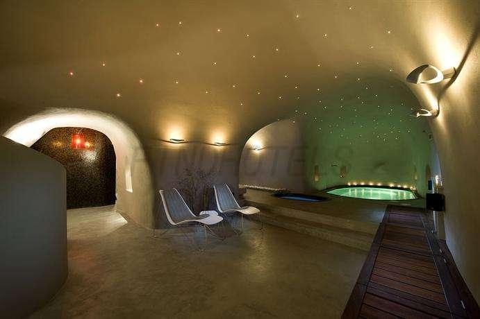Avaton Resort and Spa 4